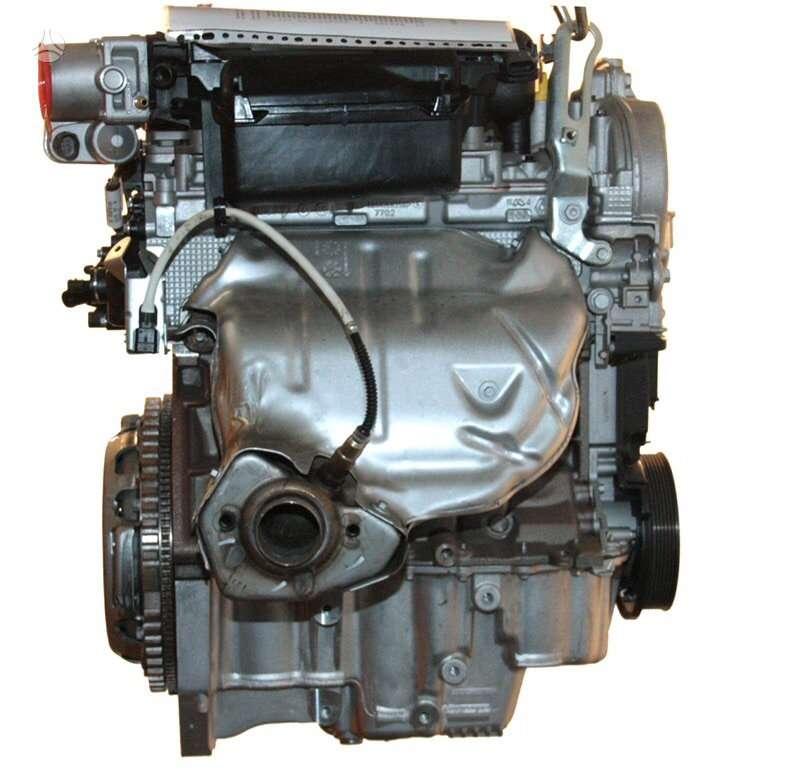 Renault Megane. Naujas variklis k4mt866 novij motor new engine