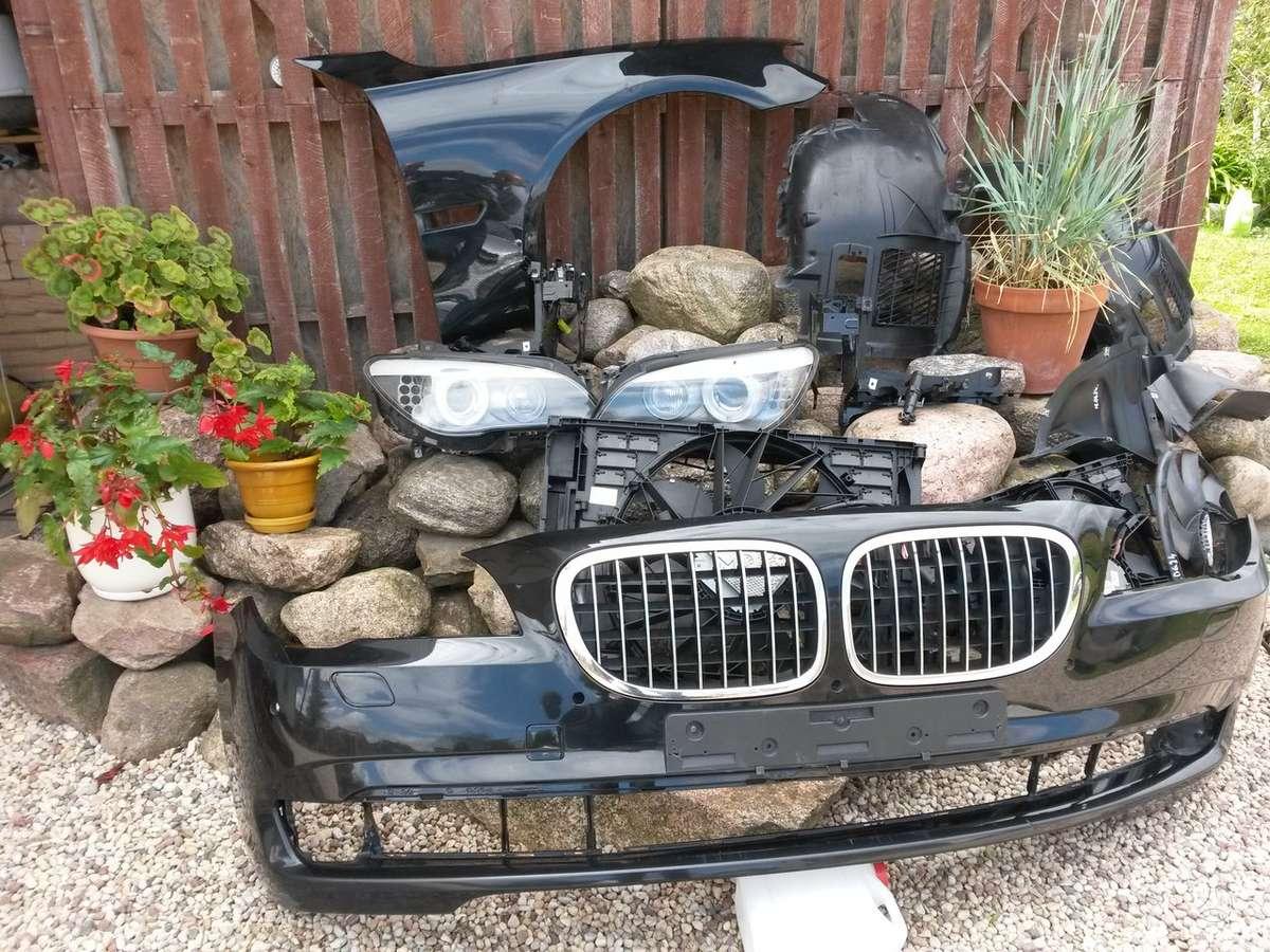 BMW 7 serija. Priekiniai kapotai, žibintai [sveiki], stop led- ž