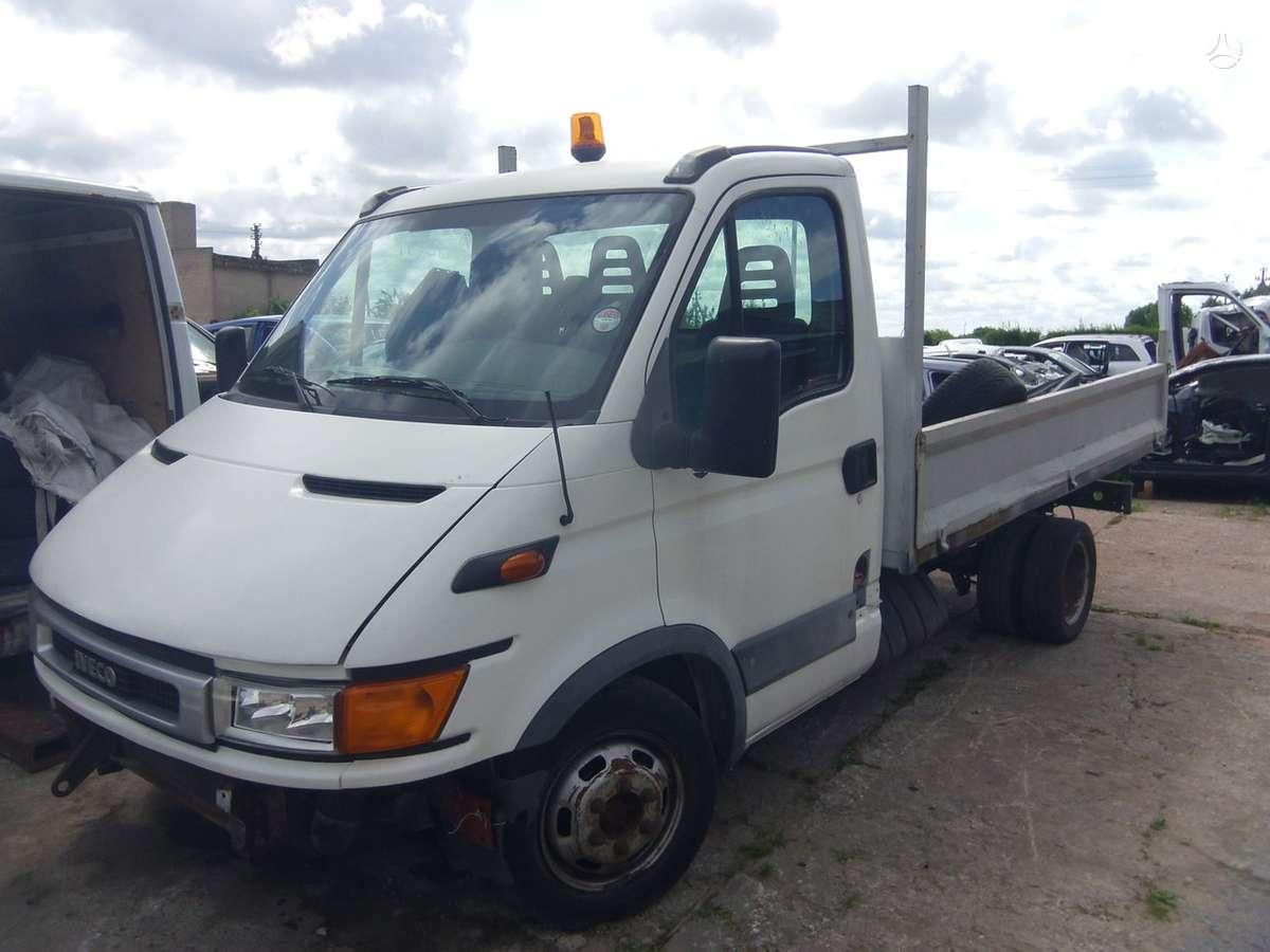 Iveco Daily 35-12, krovininiai mikroautobusai