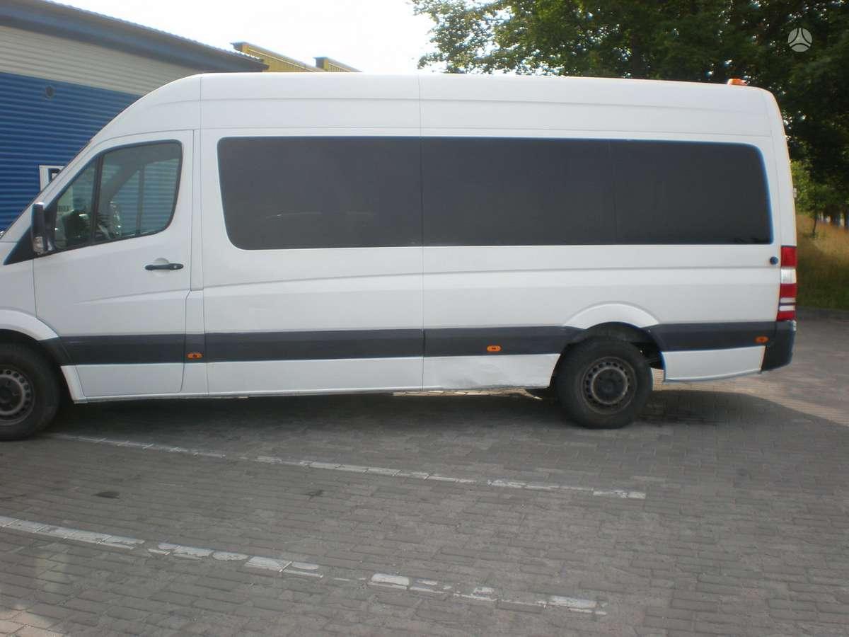 Mercedes-Benz Sprinter, keleiviniai mikroautobusai