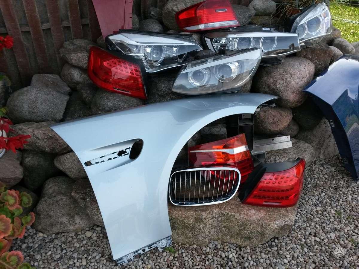 BMW 3 serija. Priekinis kapotas [mėlynas . juodas], lankstai, d.