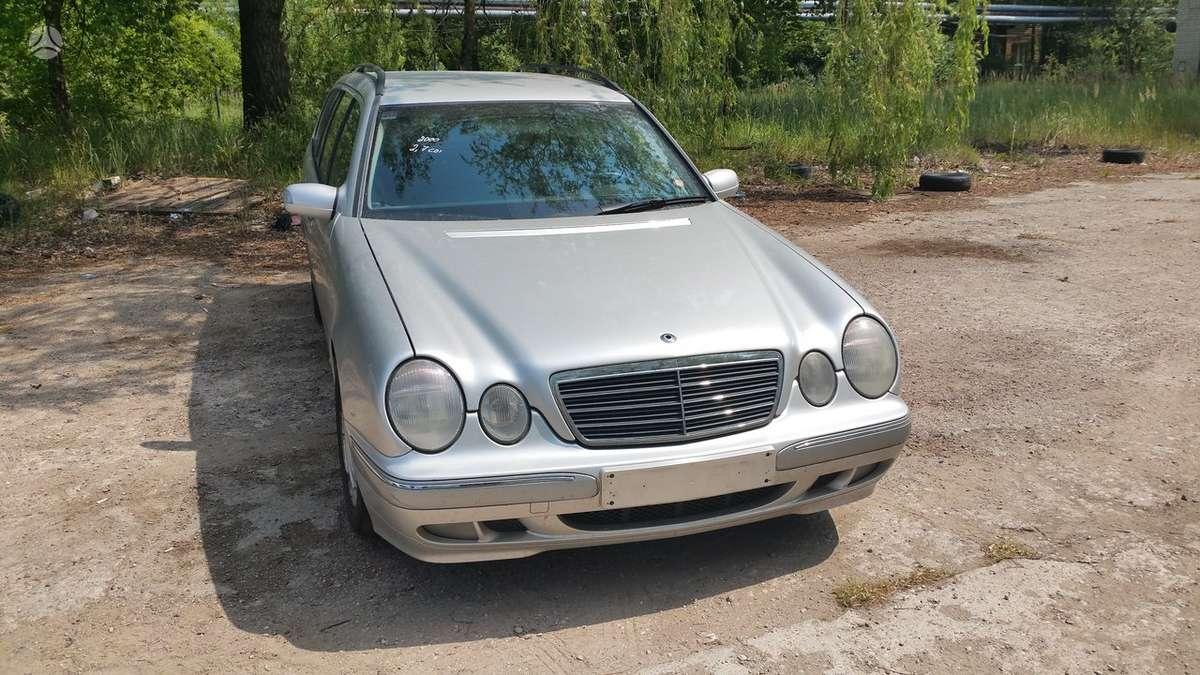 Mercedes-Benz E270 aksesuarai ir eksploatacinės medžiagos