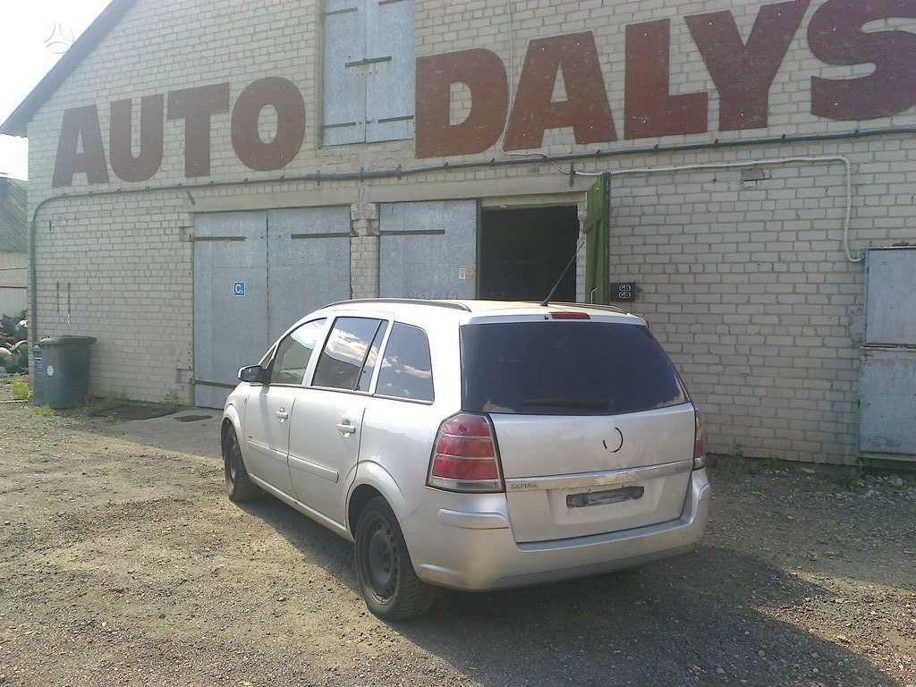 Opel Zafira dalimis. auto ligonine garantija detalem skubus