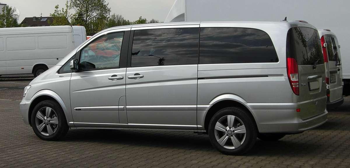 Mercedes-Benz Viano. Ambiente. xenon, parkai, kablys, odinis