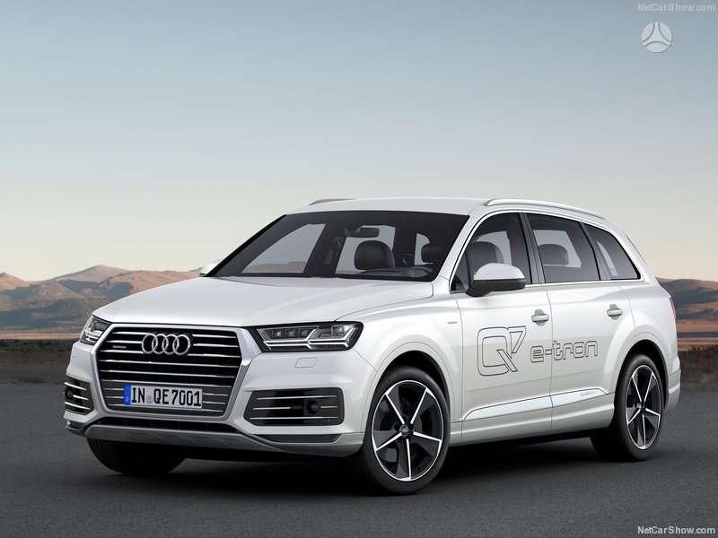 Audi Q7. Naujų originalių automobilių detalių užsakymai