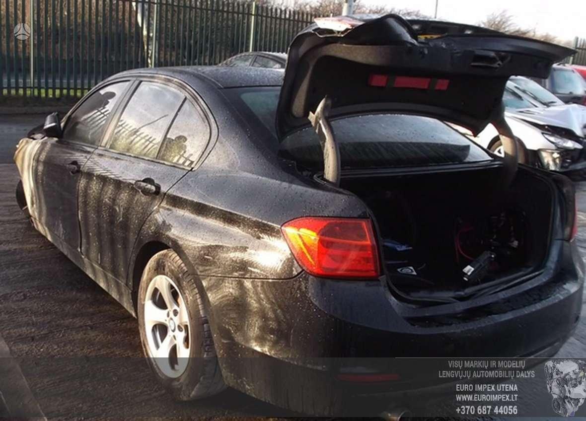 BMW 3 serija dalimis. Automobilis ardomas dalimis:  запасные час