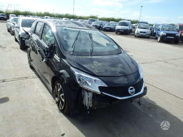 Nissan Note. Automobiliai is anglijos.