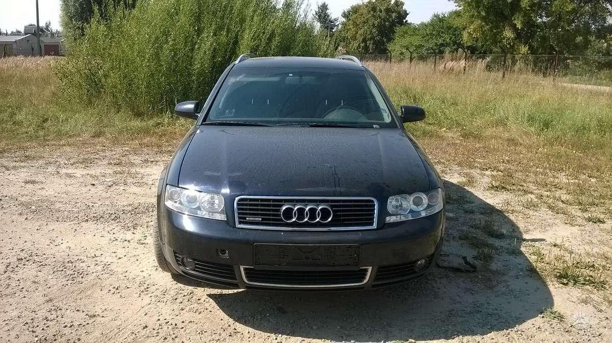 Audi A4. Uab