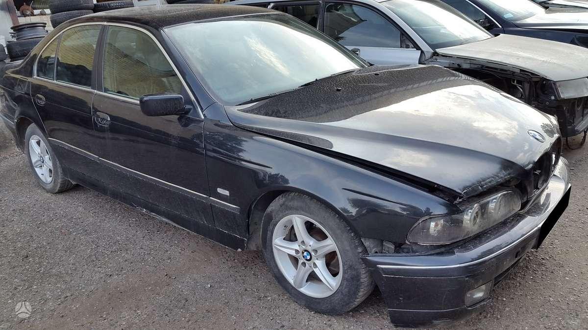 BMW 525 dalimis. Variklio su agregatais, greičių dėžės ir salono
