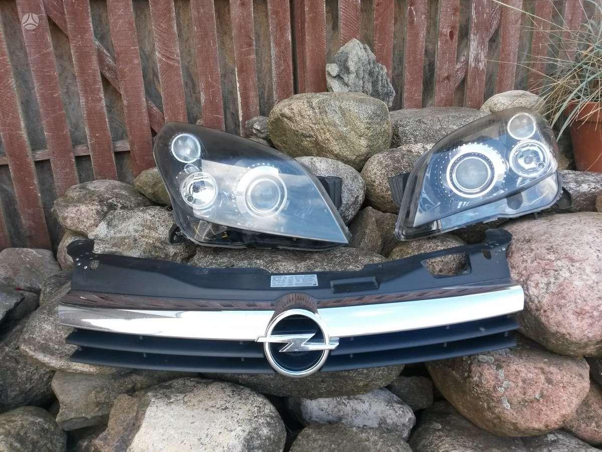 Opel Astra. Pr. bamperiai, pr. žibintai xenon ir paprasti, pr.