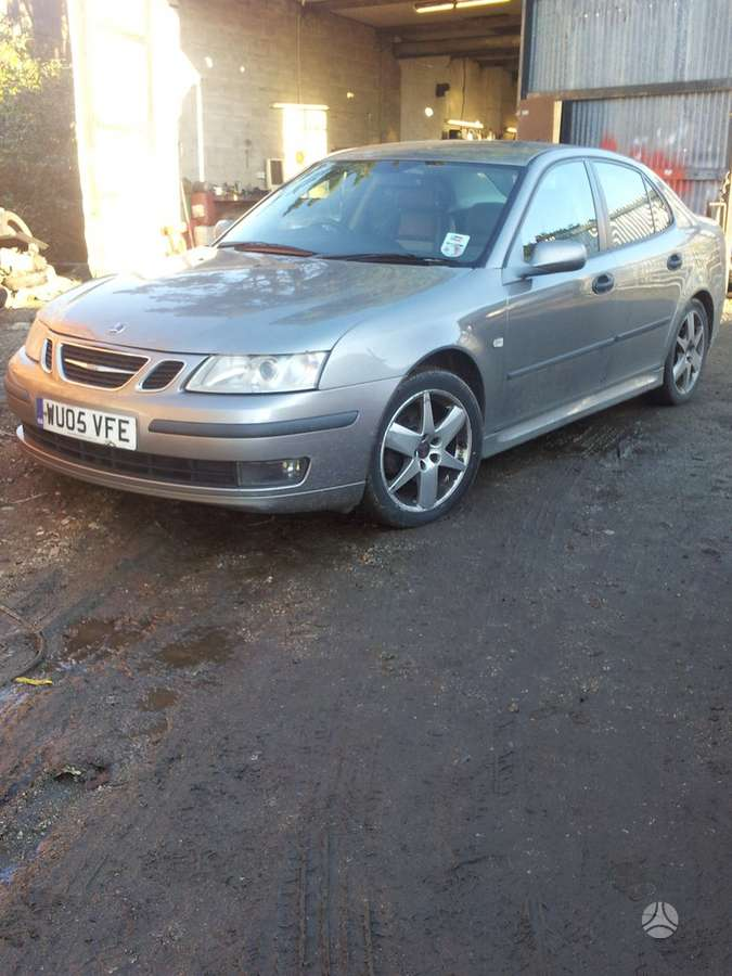 Saab 9-3 dalimis. Auto is uk 2,2 ir 1,9tid