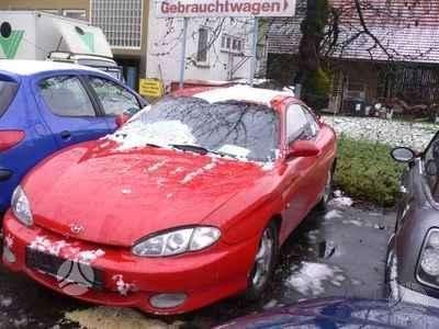 Hyundai Coupe. Is vokietijos 2.0 16v,automatine pavaru deze,