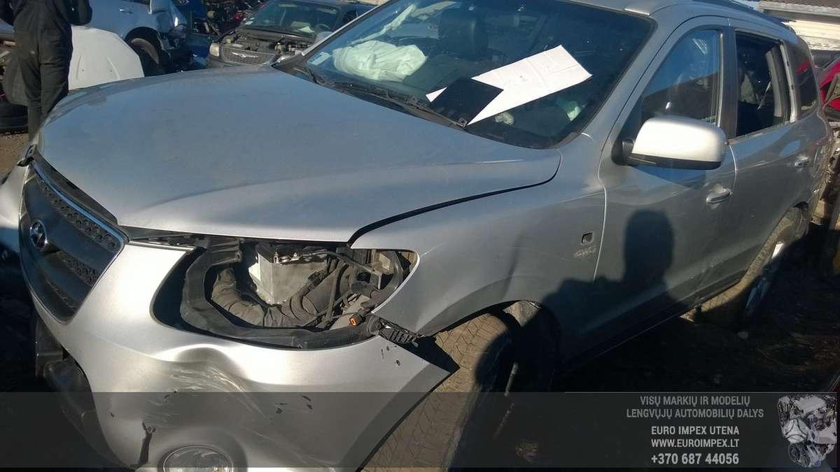 Hyundai Santa Fe dalimis. Automobilis ardomas dalimis:  запасные