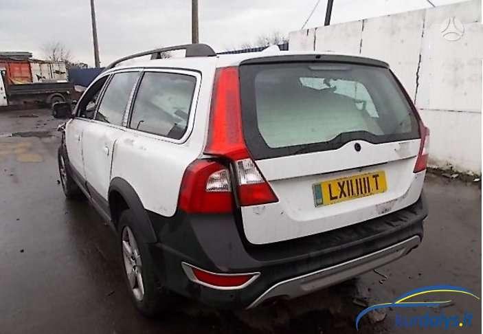 Volvo XC70. Turime ir daug kitų automobilių dalimis. volvo xc70