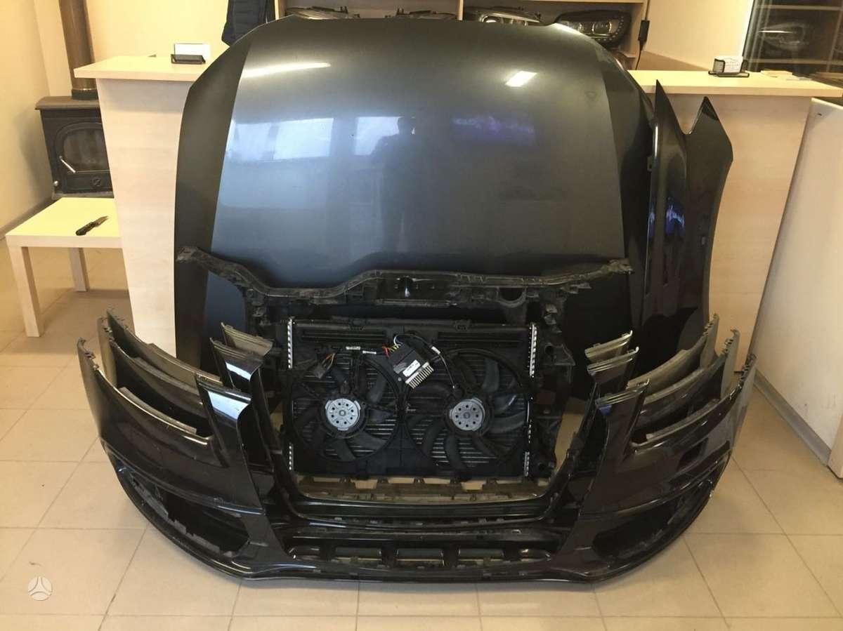 Audi SQ5. Atvežame dalis į jums patogią vietą kaune. siunčiame į