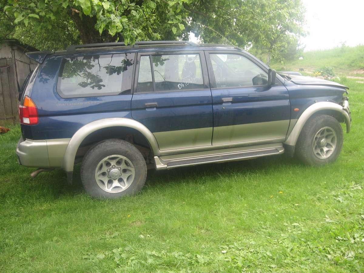 Mitsubishi Pajero Sport. Variklis parduodamas dalimis.