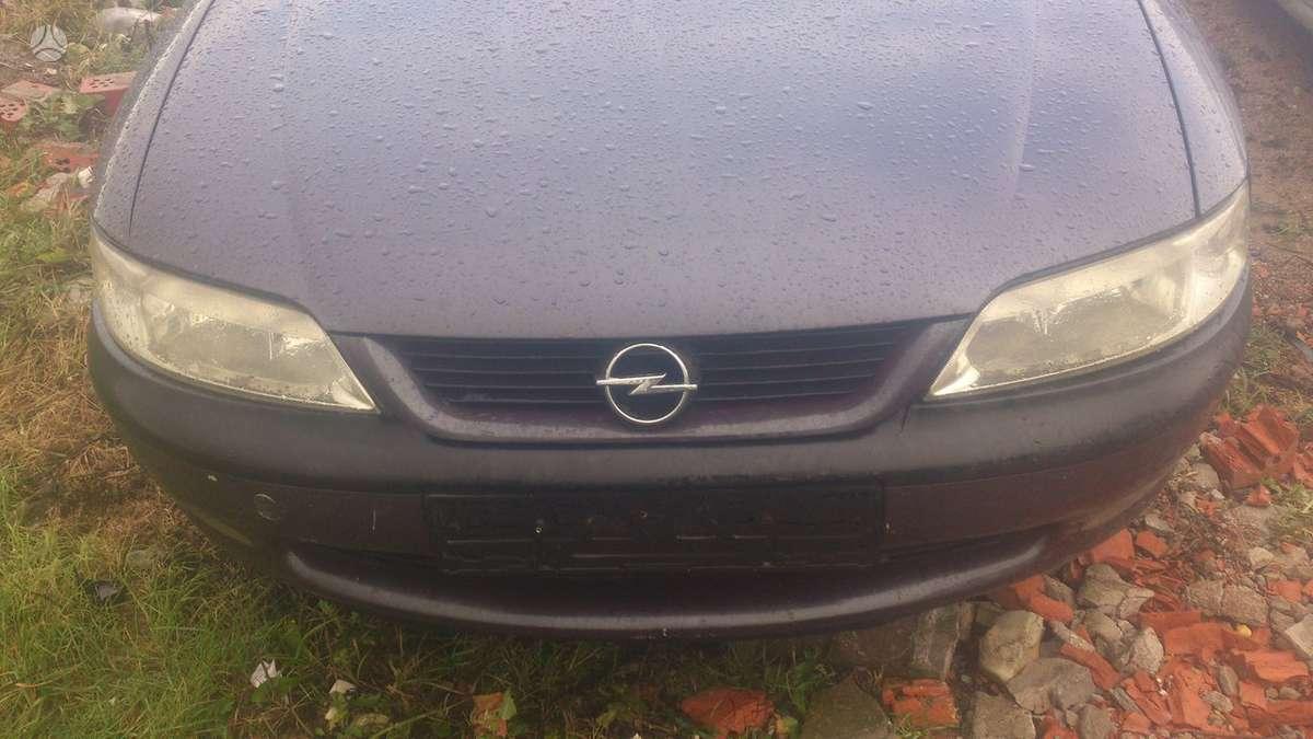 Opel Vectra dalimis. Tiesioginės dujos. skambinti šiais
