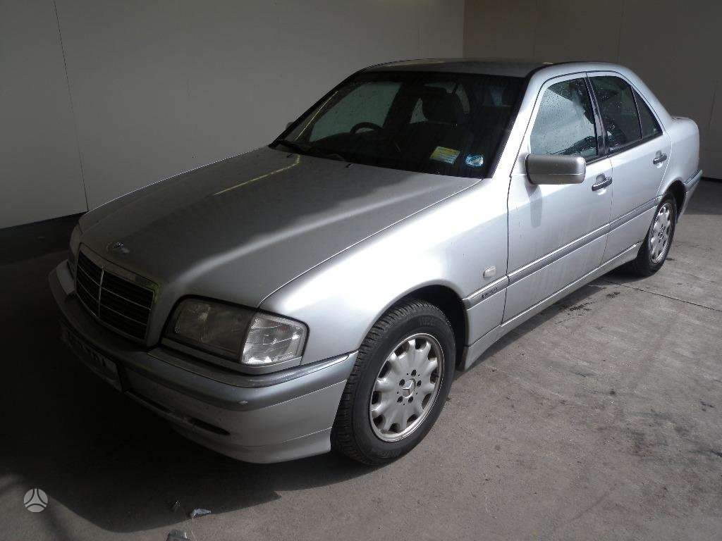 Mercedes-Benz C250. Mb c250td  1998 m  2.5 turbo dyzelie,