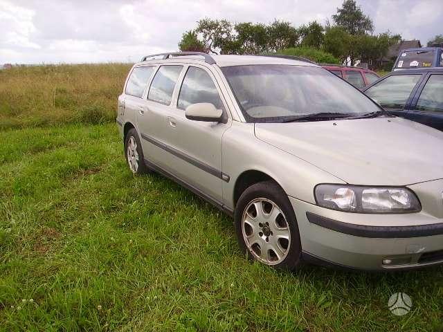 Volvo V70. Nauosios kietaviškės ilgio g.3., atliekame ir