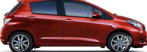 Toyota Yaris dalimis. Kėbulo dalys, žibintai, radiatoriai.