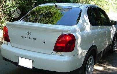 Toyota Echo. Kėbulo dalis, žibintus, radiatorius. vilniuje 8