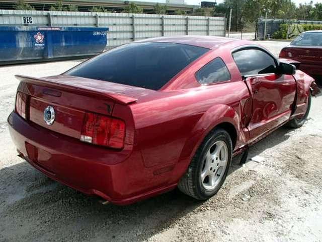 Ford Mustang dalimis. Gt  uued ja kasutatud varuosad ameerika