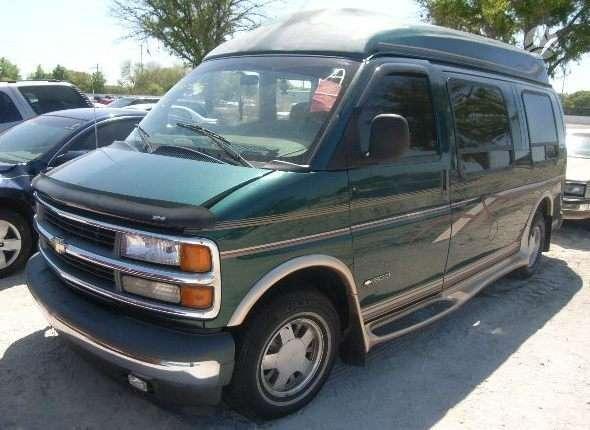 Chevrolet Chevy Van dalimis. 1997(5,7) ,1996 (5,0), 2001 (5,7).