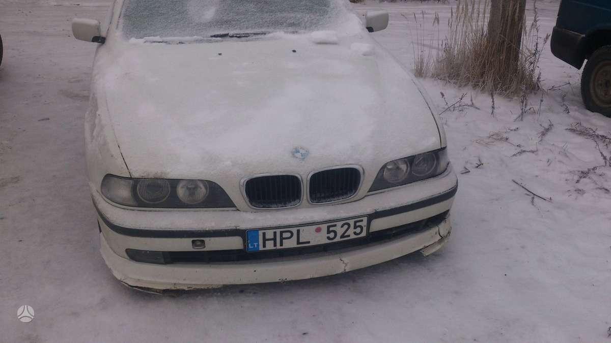 BMW 525 dalimis. Skambinti šiais numeriais +37060200711; +