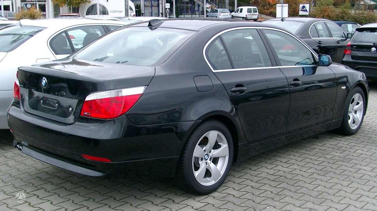 BMW 5 serija. Europa turime daugiau bmw 5uab
