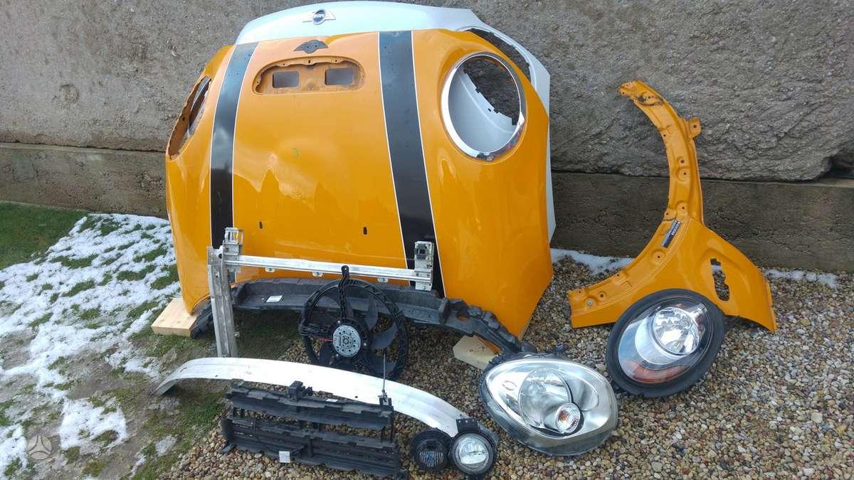 Mini Cooper S. Priekinis kapotas,durys, sparnai,sparnų plasmasės