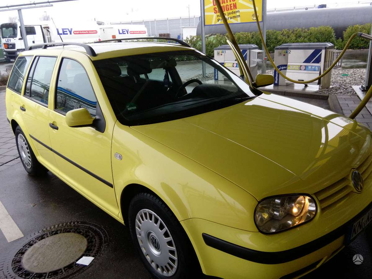 Volkswagen Golf. Vw golf dalimis