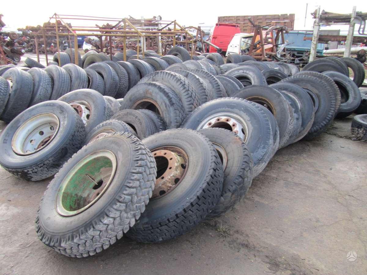 -Kita- Įvairaus dydžio sunkvežimių pa, universaliosios 315/70 R22,5