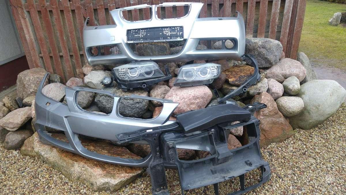 BMW 3 serija. Priekinis kapotas,pr.panelė,radiatoriai,