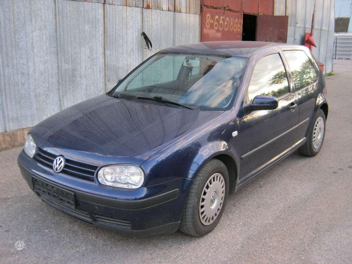 Volkswagen Golf dalimis. Turime 1.4 16v ape akq varikliu.taip