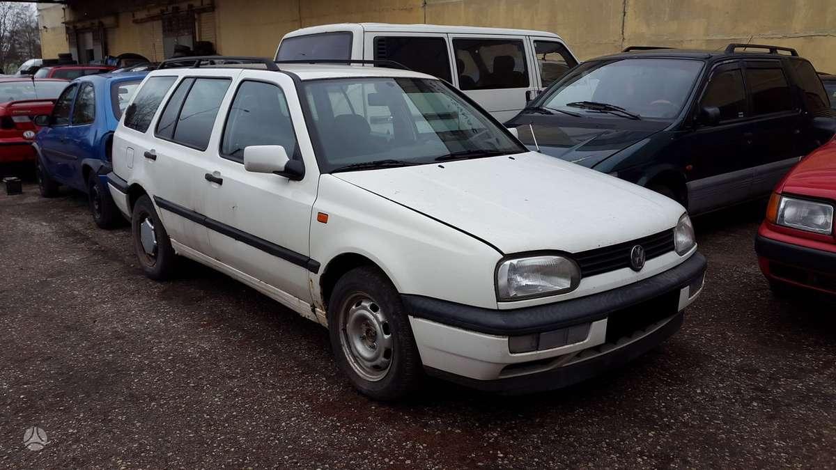 Volkswagen Golf dalimis. Turime ir daugiau įvairių markių