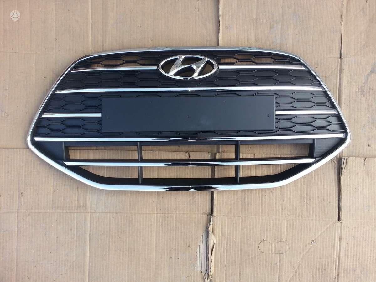 Hyundai ix20 apdailos grotelės