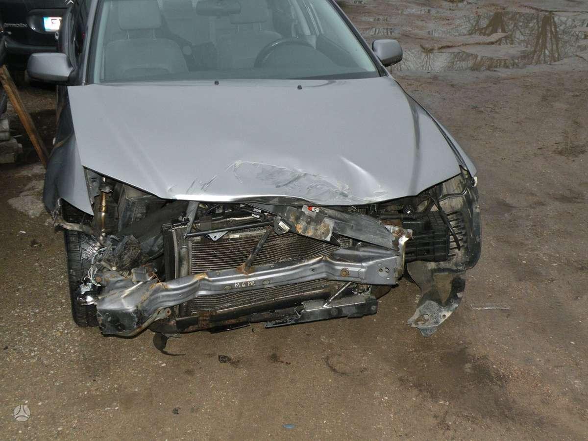 Mazda 6. Europa, geros padangos.