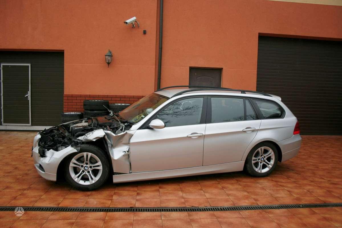 BMW 320 dalimis. Taip pat parduodame dalimis bmw: e24 , e30, e31,