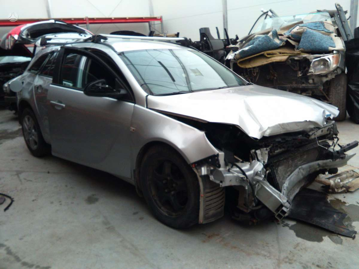 Opel Insignia dalimis. Prekyba auto dalimis naudotomis europietiš