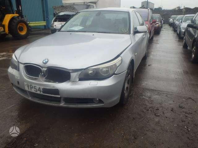 BMW 520. Maza rida