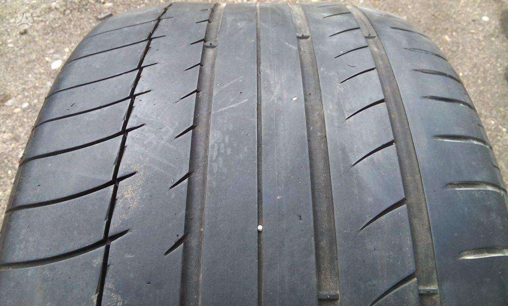 Michelin, vasarinės 285/30 R18