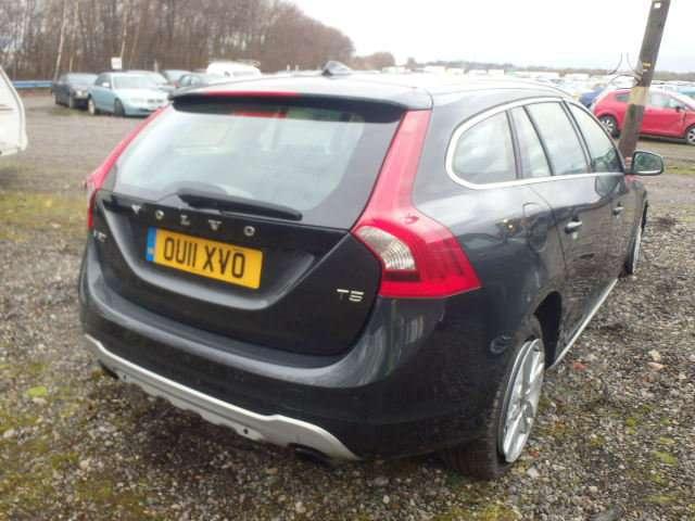 Volvo V60. D5 d3 d2, benzinas t5, odinis salonas.automatas ,