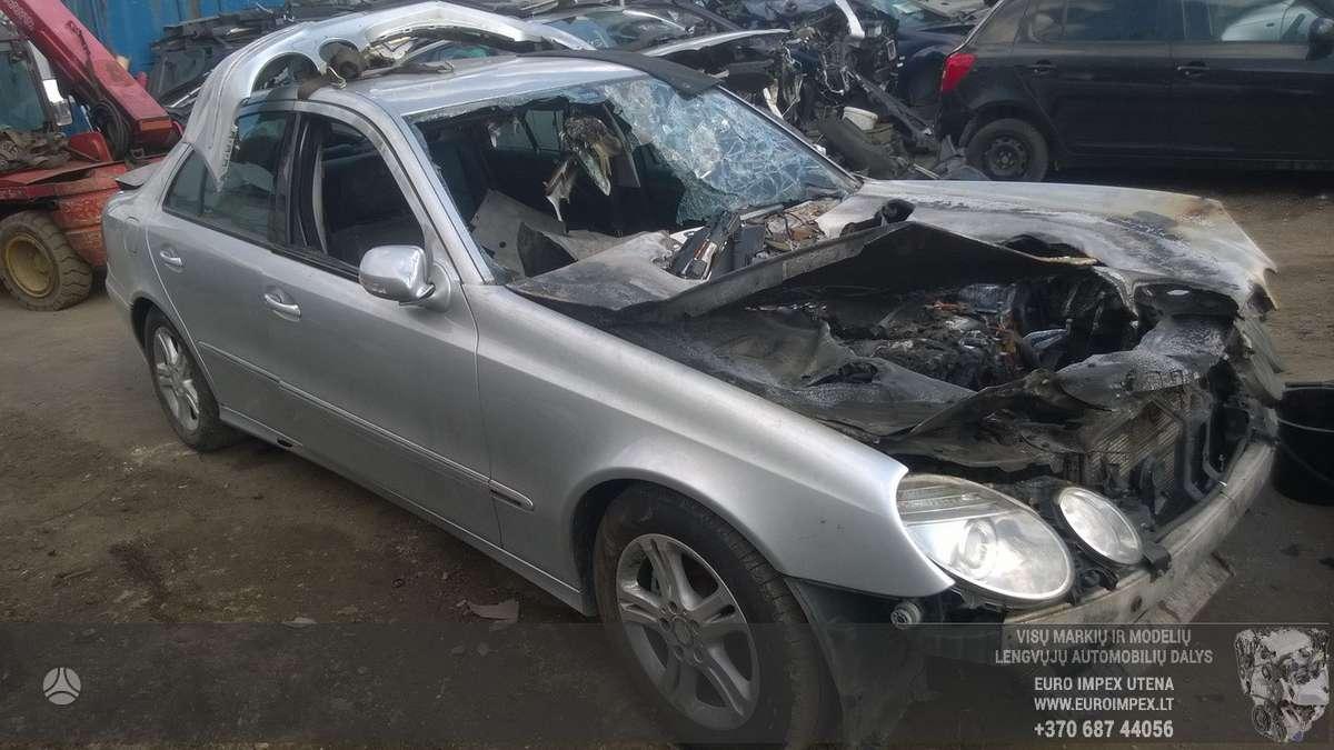 Mercedes-Benz E klasė dalimis. Automobilis ardomas dalimis:  зап