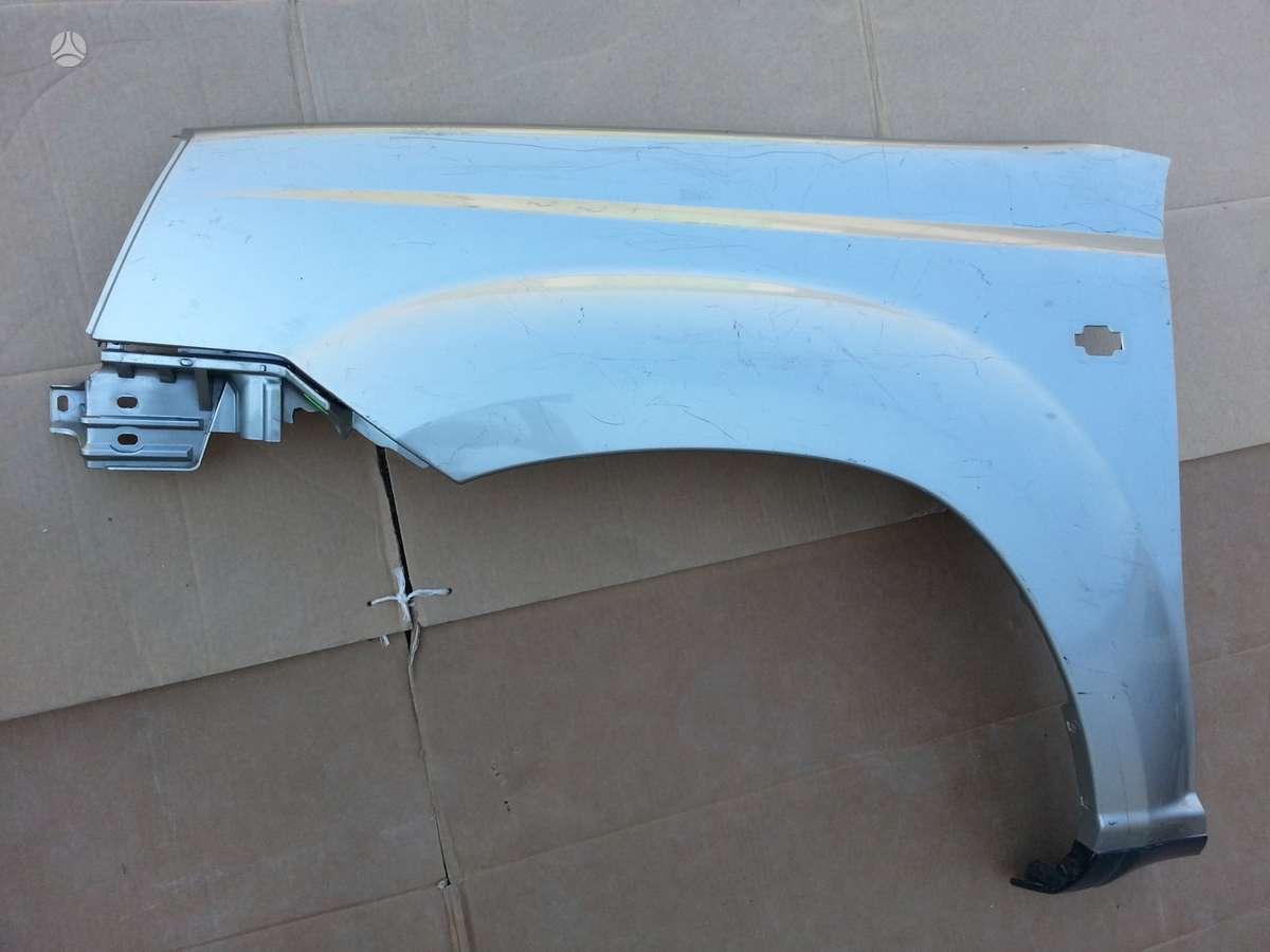 Nissan X-Trail. Variklis dalimis 2,2 tdi  priekinė variklio