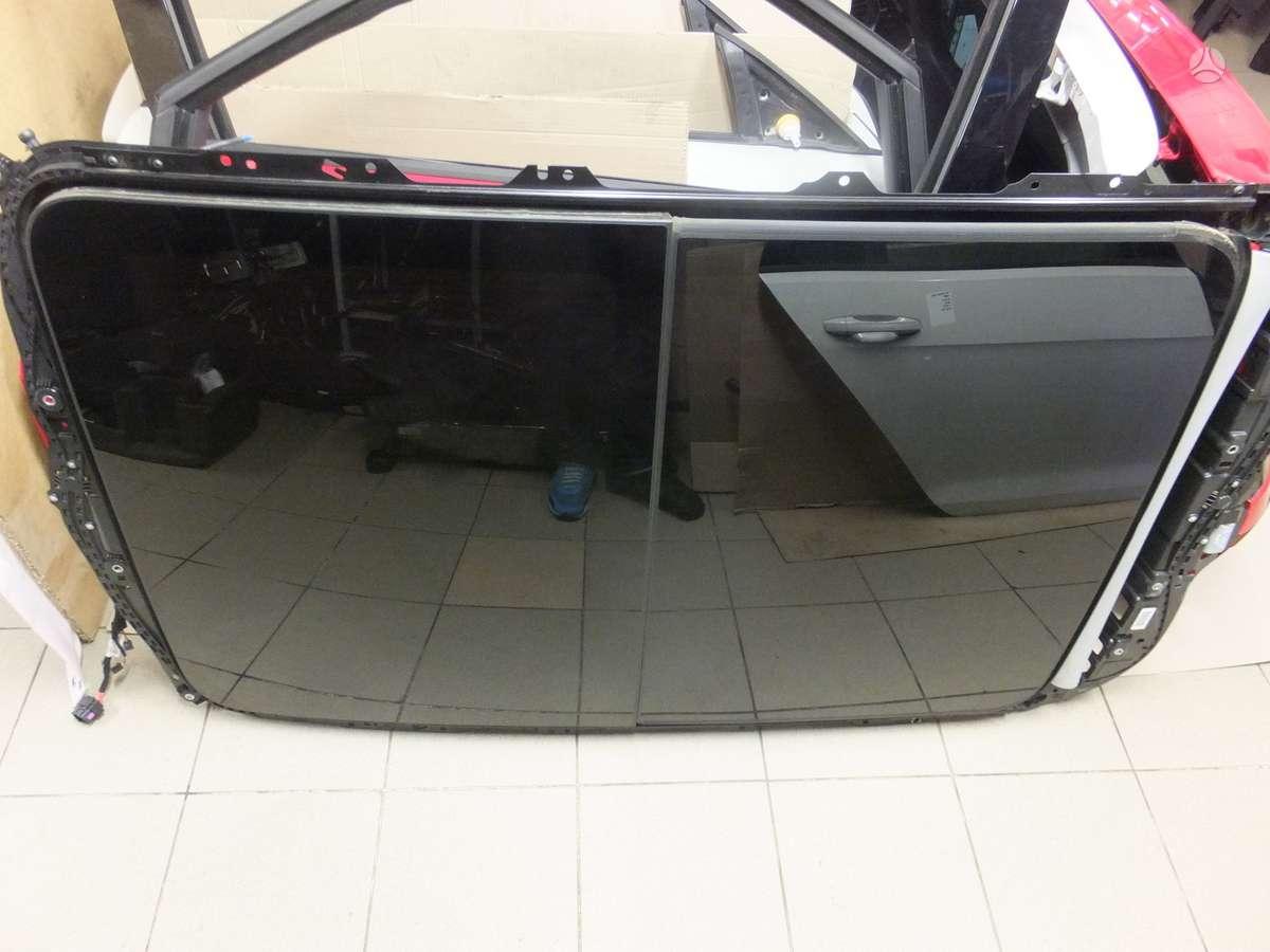 Volkswagen Golf. Vw golf 7 5g universalo panoraminis stoglangis.