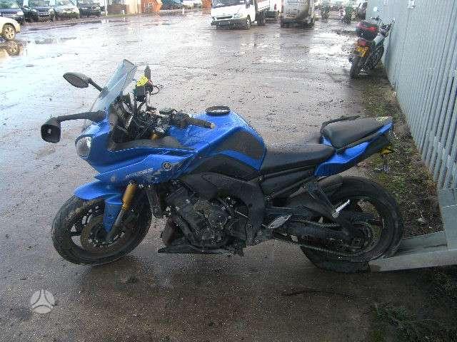 Yamaha FZ, street / klasikiniai