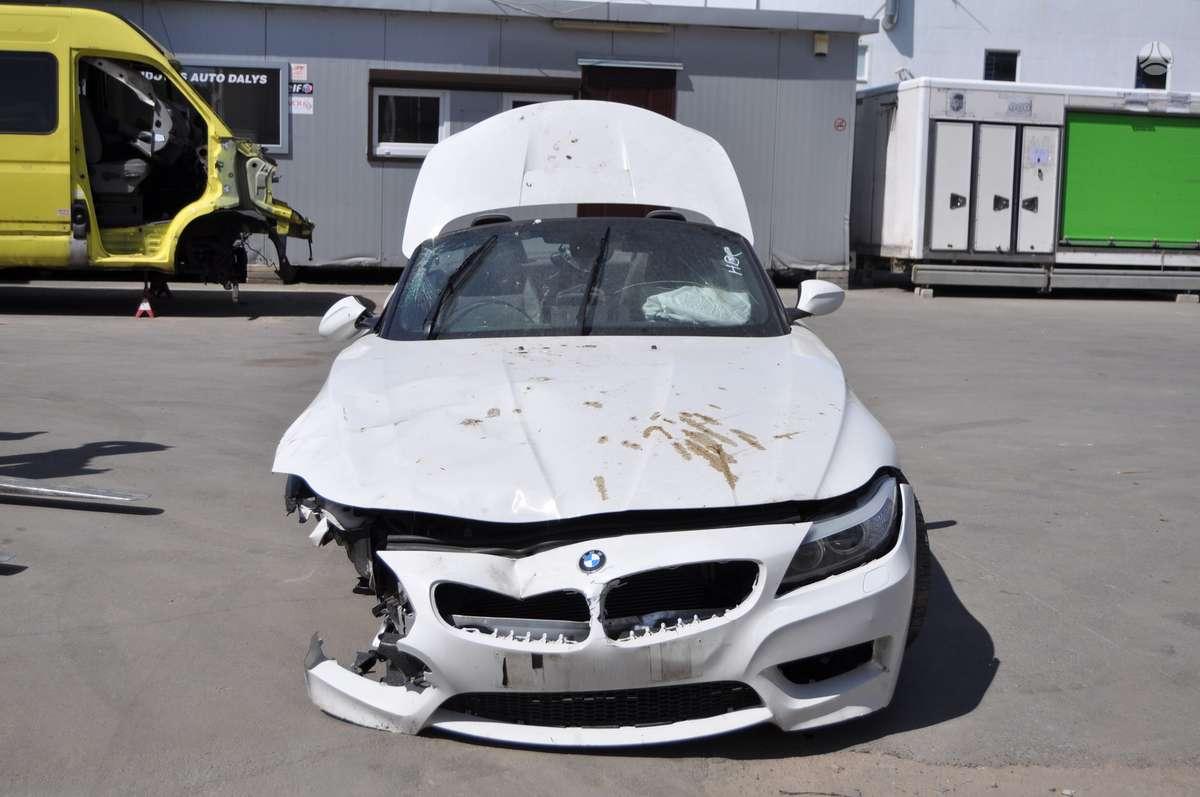 BMW Z4. Bmw z4 2.0i turbo dalimis