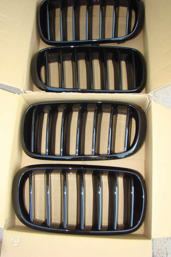 BMW X6. Groteles-juodos matines, juodos lakuotos.veidrodeliu