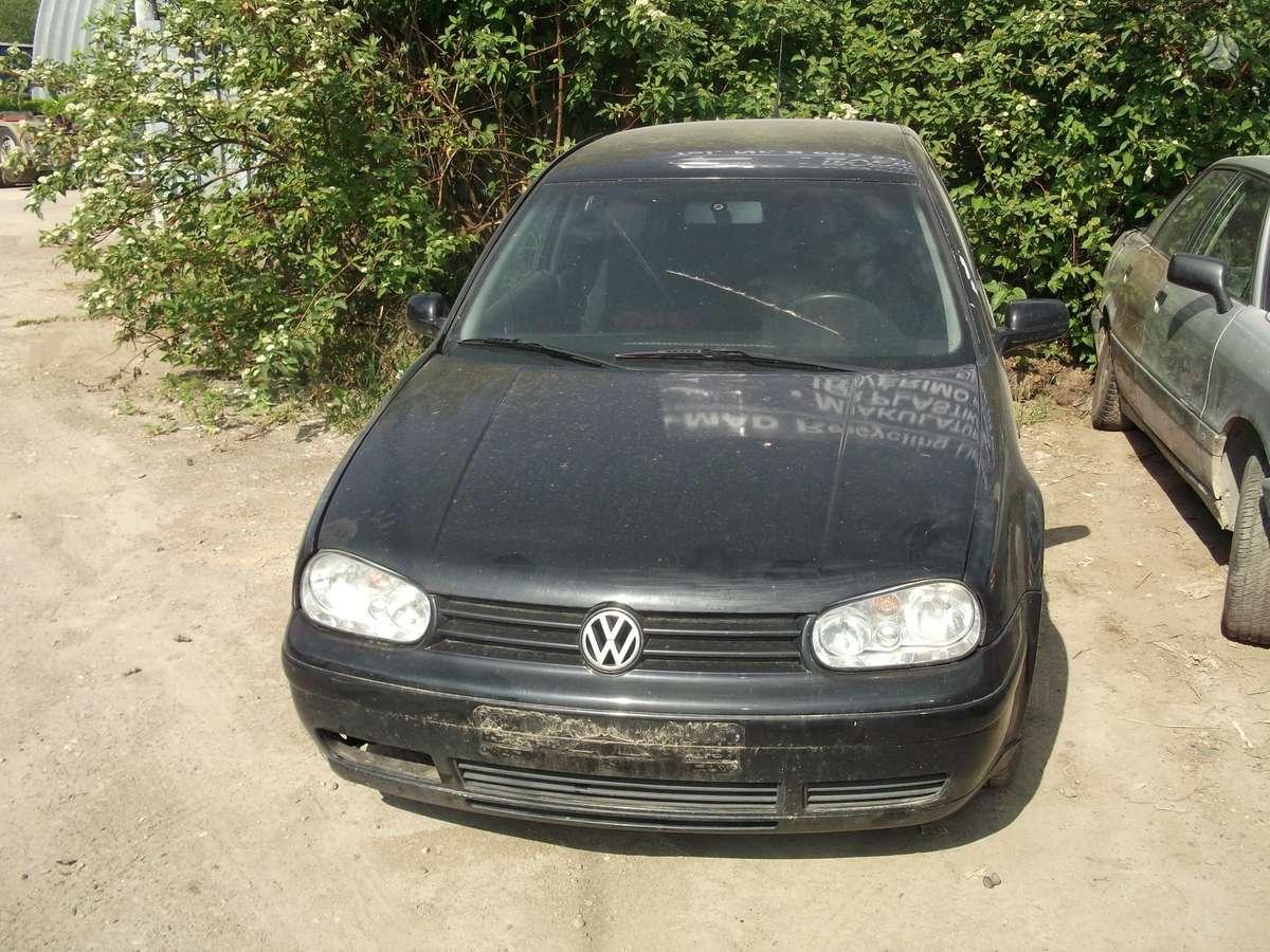 Volkswagen Golf. Automobilis parduodamas dalimis. galime pasiū