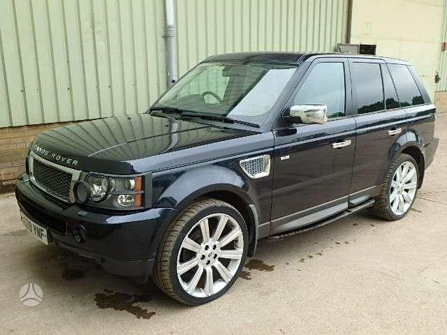 Land Rover Range Rover Sport. Visas auto ardomas dalimis